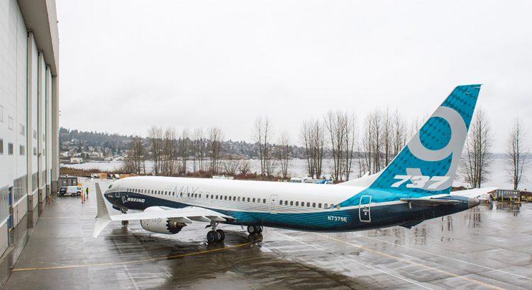 B 737 MAX 9