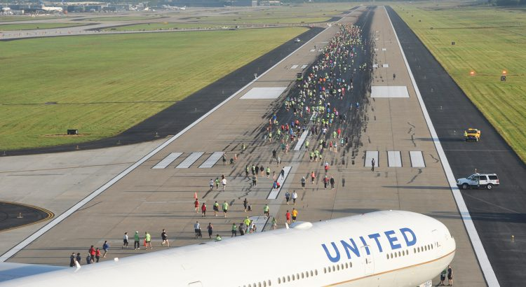 Dulles Run the Runway