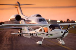 Cessna 162 SkyCatcher and 750 Citation X